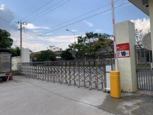 Cổng barie điện cho khu công nghiệp