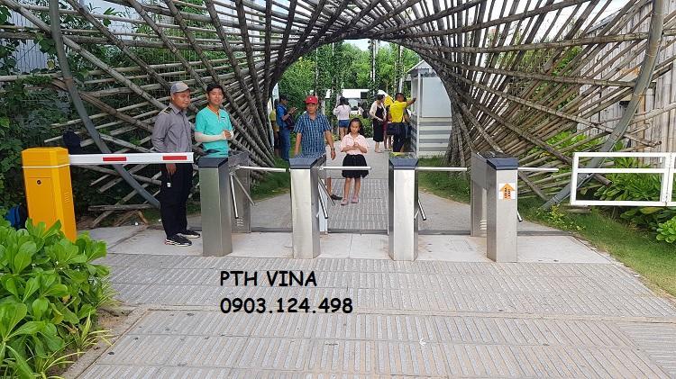 cổng soát vé khu du lịch