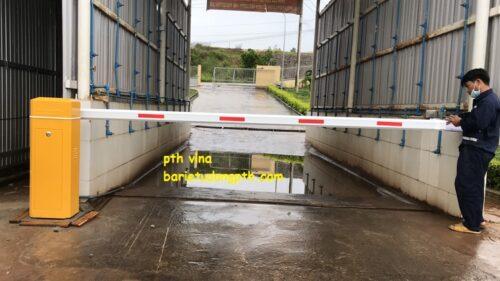 hệ thống phun khử trùng tự động cho trại chăn nuôi