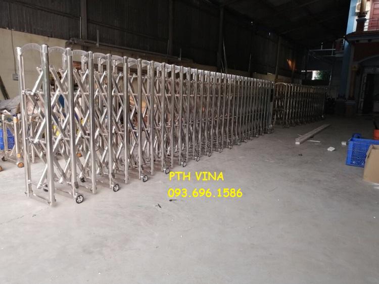 Xưởng sản xuất cổng xếp inox điện